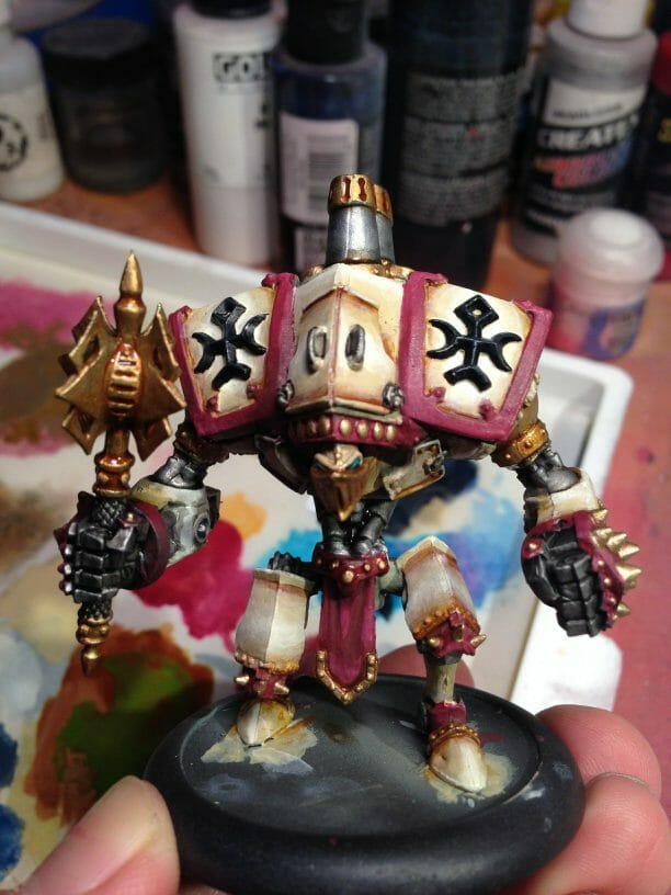 Menoth Crusader Warjack: Quick n' Dirty Paint Job - how to paint a menoth warjack - painting the crusader menoth miniature - warmachine painting - painting warmachine models for menoth - Washed with inks and shades to pull out details - menofix added