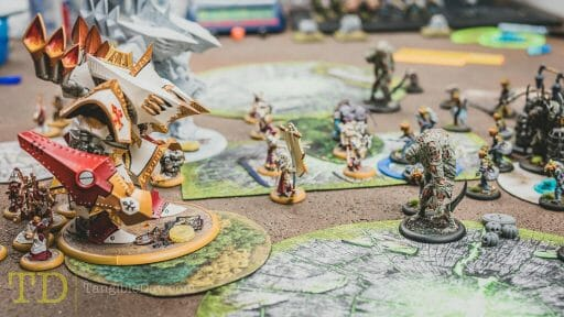 Play warmachine and hordes