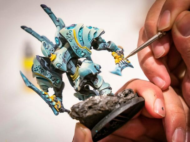 Best Brushes for Painting Miniatures and Models - competitive miniature painting demands high quality paint brush tools - painting a warjack