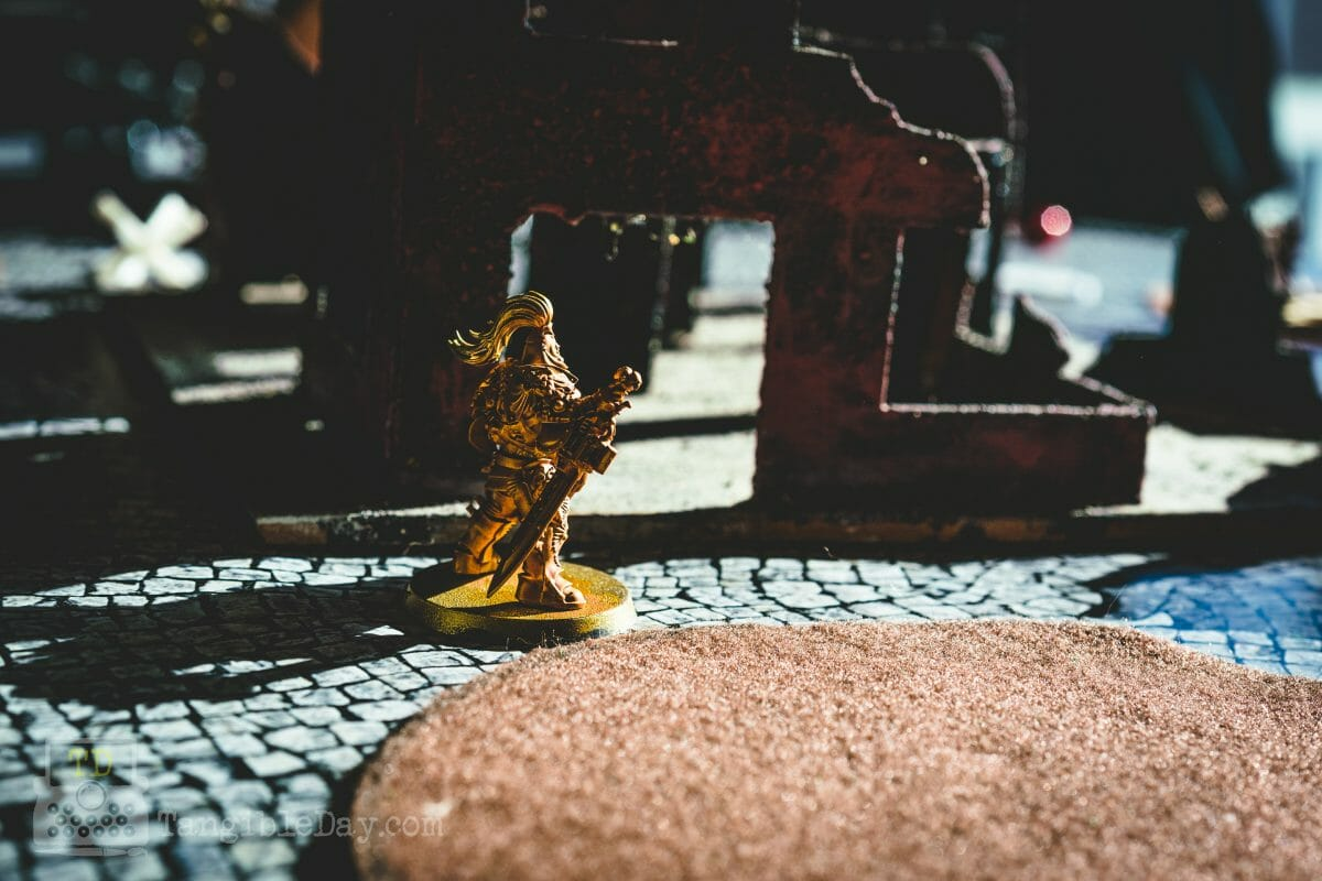 Retributor Armour: Best Gold Metallic Ever? [Review] - Best metallic gold paint