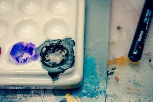 Dry Palettes for Painting Miniatures: Better Than Wet? Jack Richeson Porcelain Mini Tray Palette with Cover - best dry palette for painting miniatures