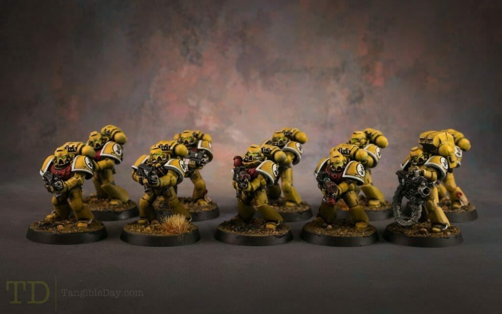 Batch Painting Miniatures (Tips and Tutorial) - how to assembly line paint models for warhammer 40k and board games - space marines