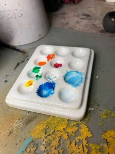 Dry Palettes for Painting Miniatures: Better Than Wet? - glaze ceramic palette for painting miniatures
