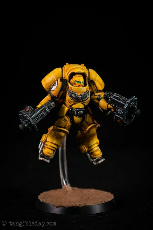 How-to Apply Warhammer Space Marine Decals (Tips) - How to use wet slide decals on miniatures and scale models - Primaris Inceptor Space Marine 40k Imperial Fist studio photo