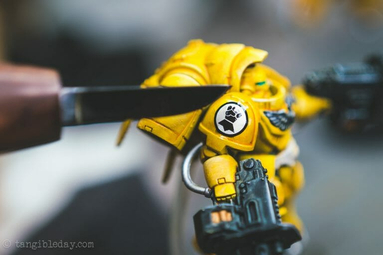 How-to Apply Warhammer Space Marine Decals (Tips) - How to use wet slide decals on miniatures and scale models - cut wrinkles of decal to flatten