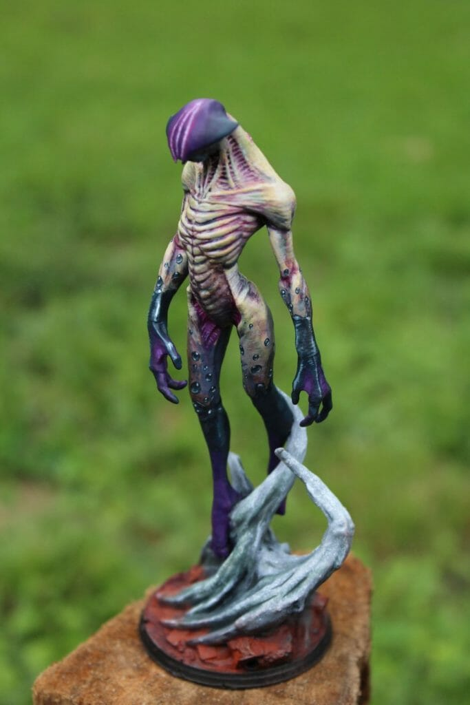 How to print and paint a resin 3d printed miniature and model - how to paint 3d printed miniatures and models - tutorial painting miniatures 3d prints - 3d printed miniatures - resin printed miniatures - how to paint resin models - final image hero photo view
