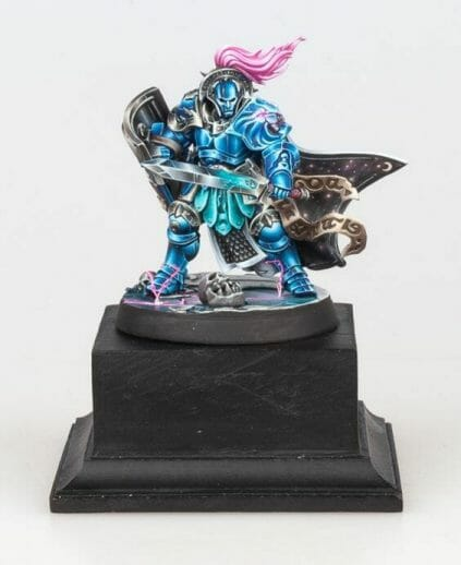 Stormcast Eternal Paint Schemes - 9 Color Motifs - how to paint stormcast eternals - color schemes for stormcast eternals, liberators, celestants, and other Age of Sigmar models from the Stormcast Eternal range - 9 color schemes for Stormcast Eternal models and miniatures from Citadel Games Workshop - light blue nmm on pedestal