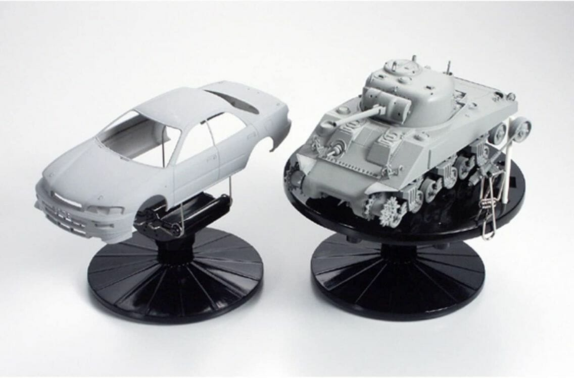 tamiya-model-stand