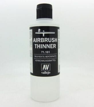 Top 10 Primers for Plastic and Metal Miniatures (Reviews and Tips) - best primer for plastic, metal, or resin miniatures and models. Airbrush thinner from Vallejo.
