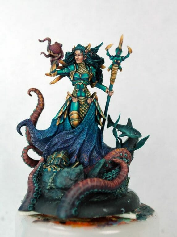 How to paint miniatures competitively – how to paint for competition – painting contest – how to win a painting contest – Marike Reimer miniature painting – interview with Marike Reimer about the Kraken Mistress – how to paint miniatures like a pro – how to paint miniatures professionally – best miniature painting tutorials – front and nearly completed model