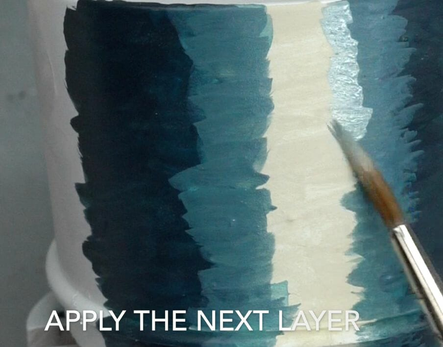 How to layer and glaze miniatures. Layering and glazing paint on miniatures and models for blending color. How to layer and glaze to blend miniature paint. Blending tutorial for painting miniatures. How to make glazes for blending acrylic paint. Apply the second midtone