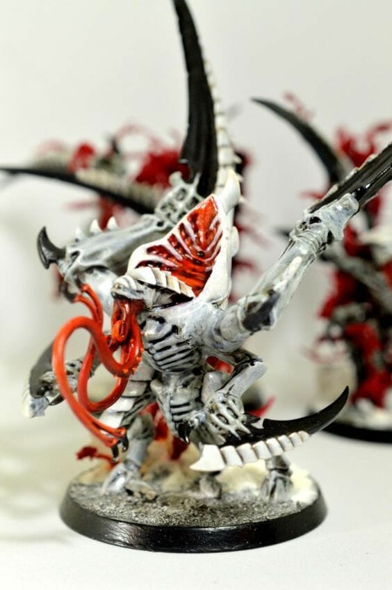 Tyranid color paint schemes – how to paint tyranids – tyranid paint schemes – tyranid army scheme – tyranid color scheme – How to choose Tyranid army color scheme – Tyranid Warhammer 40k colors – Hive fleet color schemes – Hive fleet paint scheme – white red tyranid
