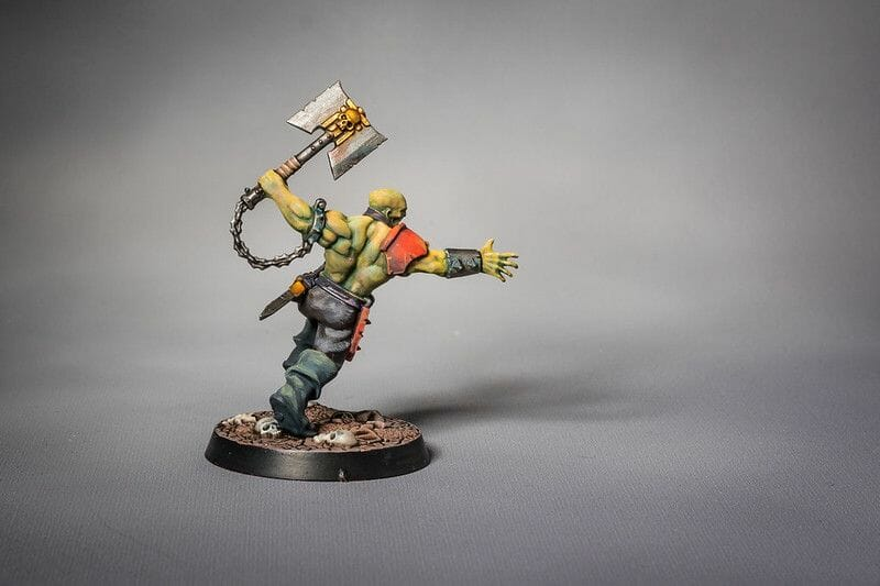 How to layer and glaze miniatures. Layering and glazing paint on miniatures and models for blending color. How to layer and glaze to blend miniature paint. Blending tutorial for painting miniatures. How to make glazes for blending acrylic paint. Use glazes to make skin flesh tones more realistic