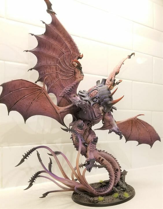 Tyranid color paint schemes – how to paint tyranids – tyranid paint schemes – tyranid army scheme – tyranid color scheme – How to choose Tyranid army color scheme – Tyranid Warhammer 40k colors – Hive fleet color schemes – Hive fleet paint scheme – brown winged conversion