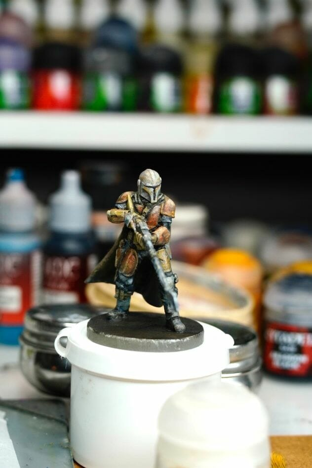 """Oil Painting the Star Wars """"Mandalorian"""" Alla Prima - how to paint a 3D printed resin model with oil paint - speed painting miniatures with oils - finalizing the model"""