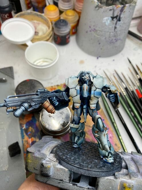 Oil Painting Tutorial for an Infinity Miniature (Step-by-Step) - Infinity miniature painting tutorial - how to paint infinity miniature TAG - painting a TAG model - panoceania miniature painting - infinity gradient paint technique - blending oil paint - Jotum miniature - tightinging up the contrast colors