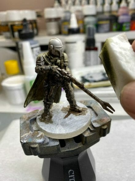 """Oil Painting the Star Wars """"Mandalorian"""" Alla Prima - how to paint a 3D printed resin model with oil paint - speed painting miniatures with oils - removing oil paints"""