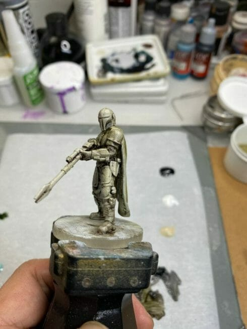 """Oil Painting the Star Wars """"Mandalorian"""" Alla Prima - how to paint a 3D printed resin model with oil paint - speed painting miniatures with oils - adding color step"""