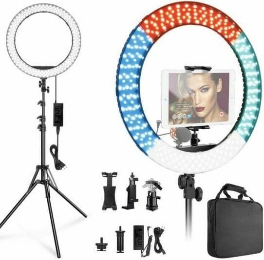 Best LED Ring Lights for Miniature Photography - good lights for photographing miniatures - best lights for taking better pictures of models and miniatures - ring light review for painting miniatures - photography tips for lighting miniatures and models - Inseesi ring light with stand