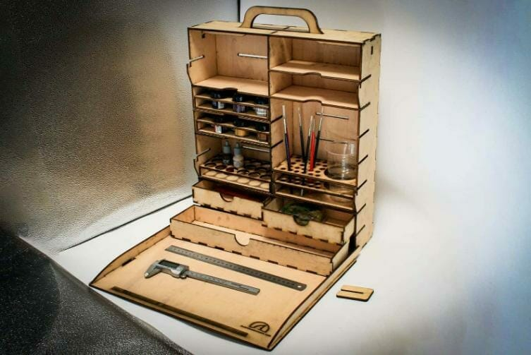 Best miniature painting cases, portable hobby paint station, and miniature paint workstations for modeling and hobbyists – Best portable hobby workstation for painting miniatures and models – tips and guide for paint organizers - model paint case and box - vertical dedicated portable hobby paint station