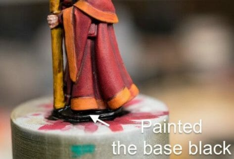 How to paint RPG miniatures for tabletop games in 10 easy steps - painting dnd models - rpg miniature painting - how to paint miniatures for dnd and roleplaying games RPGs - painting dungeon and dragon models - recommended varnishes for gaming miniatures - close up base painting