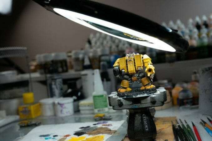 13 Best Lights for Painting Miniatures and Models - Best lamp for miniature painting - hobby lamp - hobby light - best miniature painting lamp - hobby lamps - desk lamp for hobbies - lights for miniature painting and hobby - lens close up dreadnought warhammer 40k