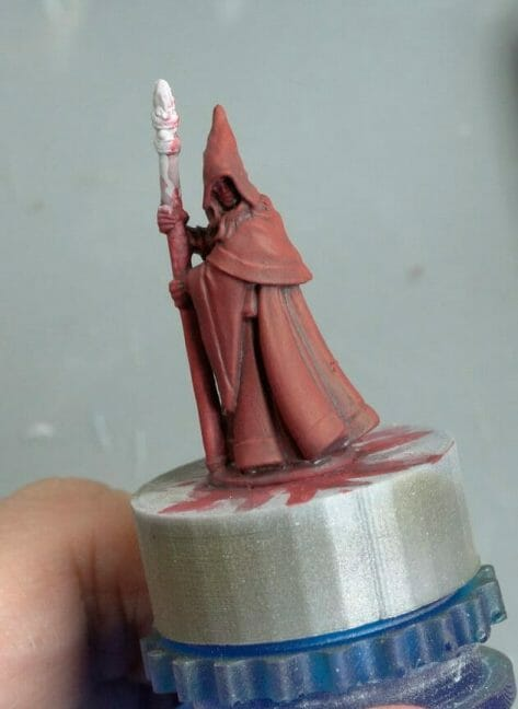 How to paint RPG miniatures for tabletop games in 10 easy steps - painting dnd models - rpg miniature painting - how to paint miniatures for dnd and roleplaying games RPGs - painting dungeon and dragon models - painting dnd minis - recommended varnishes for gaming miniatures - dried DIY wash