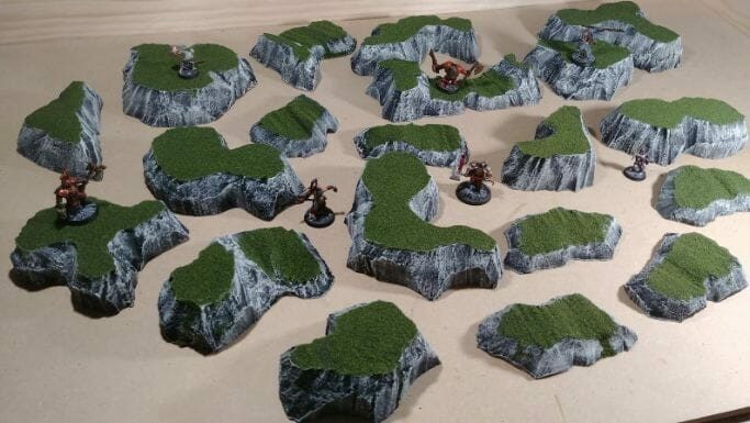 Best tabletop terrain on Etsy – Warhammer terrain – wargaming terrain – cool modular tabletop terrain – DIY wargaming terrain for 28mm games – RPG gaming terrain on Etsy - hill pieces landscape