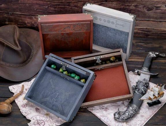 Custom-Wooden-Dice-Tray-box