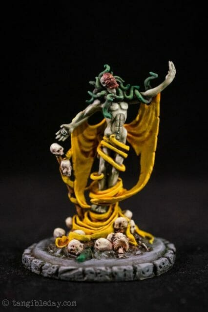 How to paint yellow models – shading yellow miniatures – painting yellow miniatures – painting board game miniatures – Cthulhu wars painting – Petersen Games - how to shade yellow minis – how to paint yellow minis and models – quick yellow painting – best yellow paint - how to paint this model