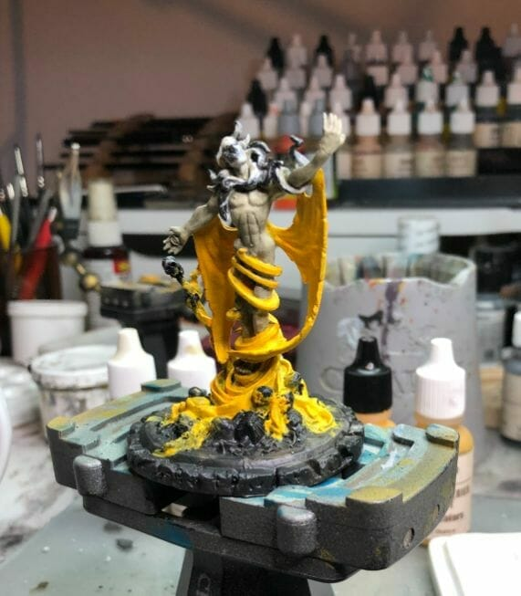 How to paint yellow models – shading yellow miniatures – painting yellow miniatures – painting board game miniatures – Cthulhu wars painting – Petersen Games - how to shade yellow minis – how to paint yellow minis and models – quick yellow painting – best yellow paint - based mid tone skin color