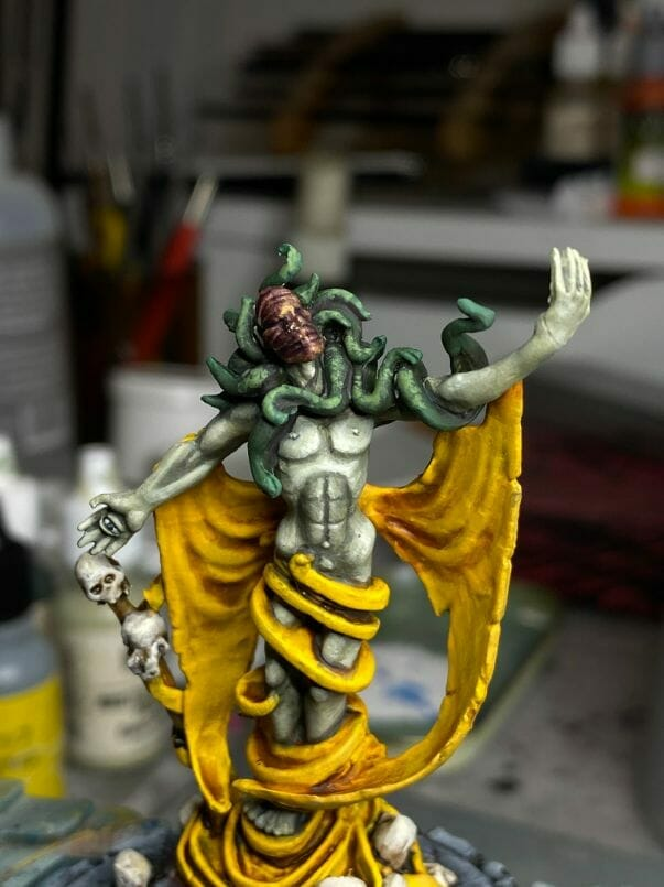 How to paint yellow models – shading yellow miniatures – painting yellow miniatures – painting board game miniatures – Cthulhu wars painting – Petersen Games - how to shade yellow minis – how to paint yellow minis and models – quick yellow painting – best yellow paint - wide angle