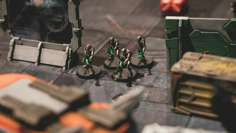 Is Warhammer 40K Worth It? Why You Need to Play Warhammer 40k - Is Warhammer 40k expensive? - Should I start playing warhammer 40000 - why you should play WH40k - Necron warriors emerge