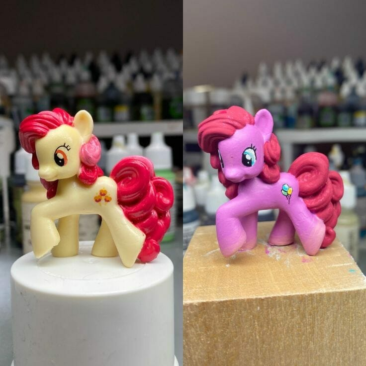 How to repaint dolls - how to repaint toy dolls - my little pony repainting - tutorial to repaint toys and dolls - my little pony pinkie pie custom painting - side by side comparison paint job