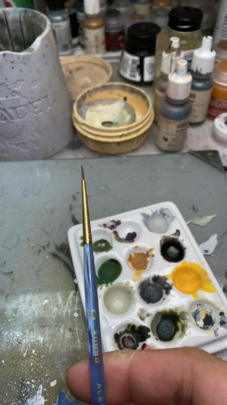 How to paint yellow models – shading yellow miniatures – painting yellow miniatures – painting board game miniatures – Cthulhu wars painting – Petersen Games - how to shade yellow minis – how to paint yellow minis and models – quick yellow painting – best yellow paint - stippling brush synthetic bristles