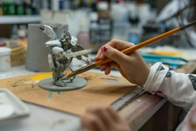 Use an Expressive Miniature Painting Style - What is expressive miniature painting? - Expressive painting - painterly styles for miniatures - 10 ways to paint miniatures expressively - 10 creative ideas for more expressive and unique miniature painting - kid painting