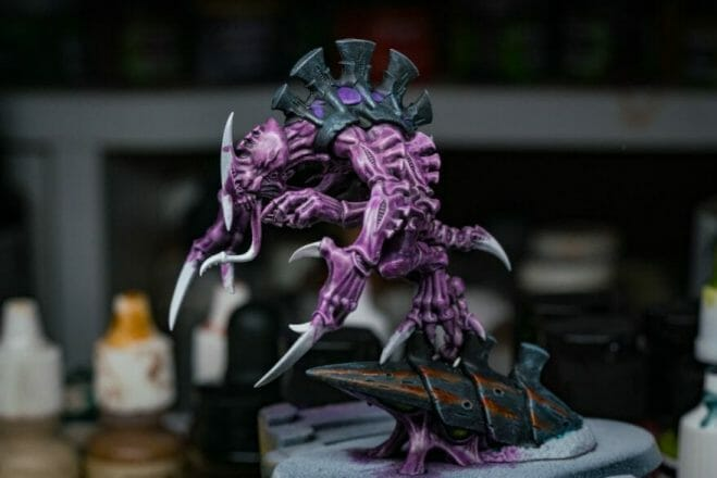 Use an Expressive Miniature Painting Style - What is expressive miniature painting? - Expressive painting - painterly styles for miniatures - 10 ways to paint miniatures expressively - 10 creative ideas for more expressive and unique miniature painting - tyranid warhammer 40k