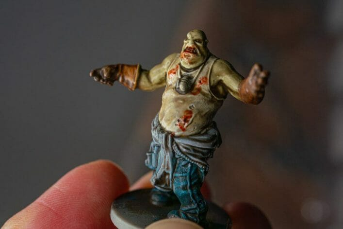 """Guide for """"Dipping"""" Miniatures to Speed Paint (Army Painter Quickshade Review) - Minwax Polyshades miniatures – Army Painter Quick Shade Alternatives – minwax polyshades for miniature painting - army painter quickshade review - army painter strong tone wash - zombie fatty dipped"""