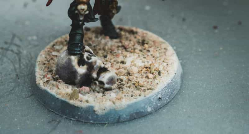 Basing Miniatures with Sand (Quick Method) - how to base miniatures with sand - sand basing models - realistic bases for miniatures - sand grains and skull scatter terrain
