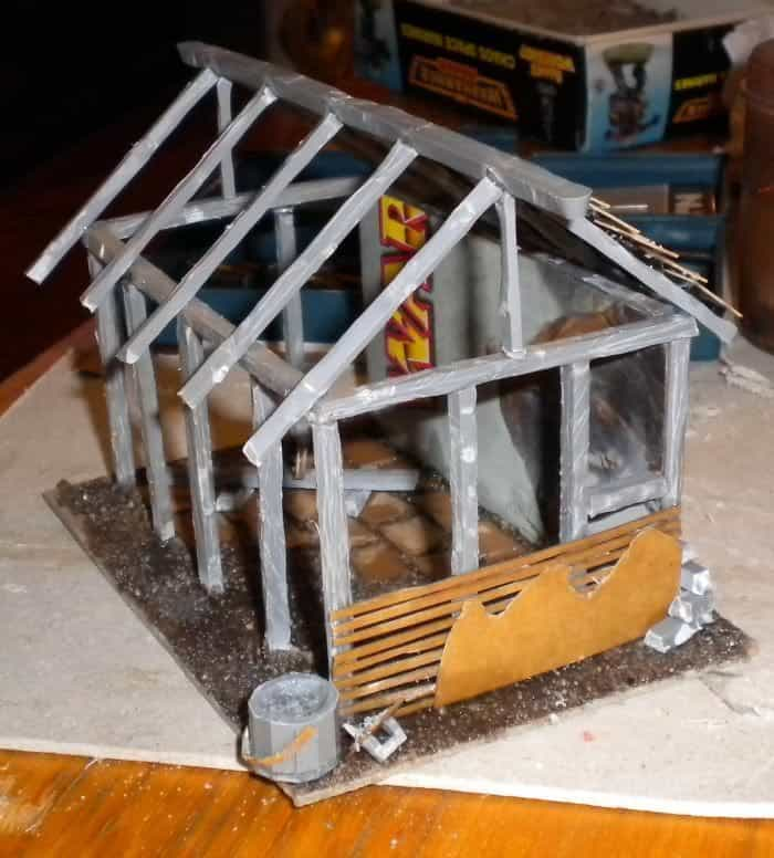 9 Recycling Ideas for Old Sprues from Warhammer and Model Kits - sprue terrain with Warhammer 40k kits – recycling Warhammer sprues – scaffolding for buildings and other structures