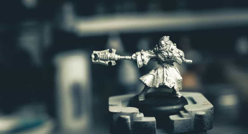 Brush on primer for miniatures how to - how to use brush on surface primer for models - priming miniatures and models with a brush - tutorial for brushing on primer for miniatures without losing detail - bare pewter