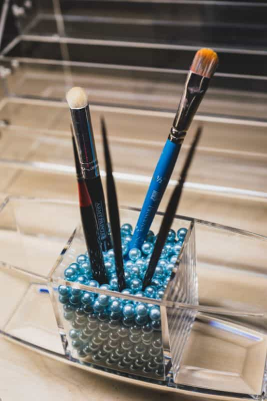 JKB Concepts Paint Organizer and Brush Holder Review - Acrylic hobby organizer and rack for paints and brushes - paintbrushes and beads