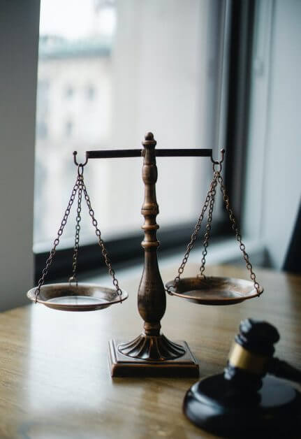 judgement scale and gavel in judge office - Roleplaying Game Alignments: What Are They and How Do We Use Them? (Part 3: The Evil) - how to play evil RPG characters in dnd - dnd evil alignment tips - rp tips for evil