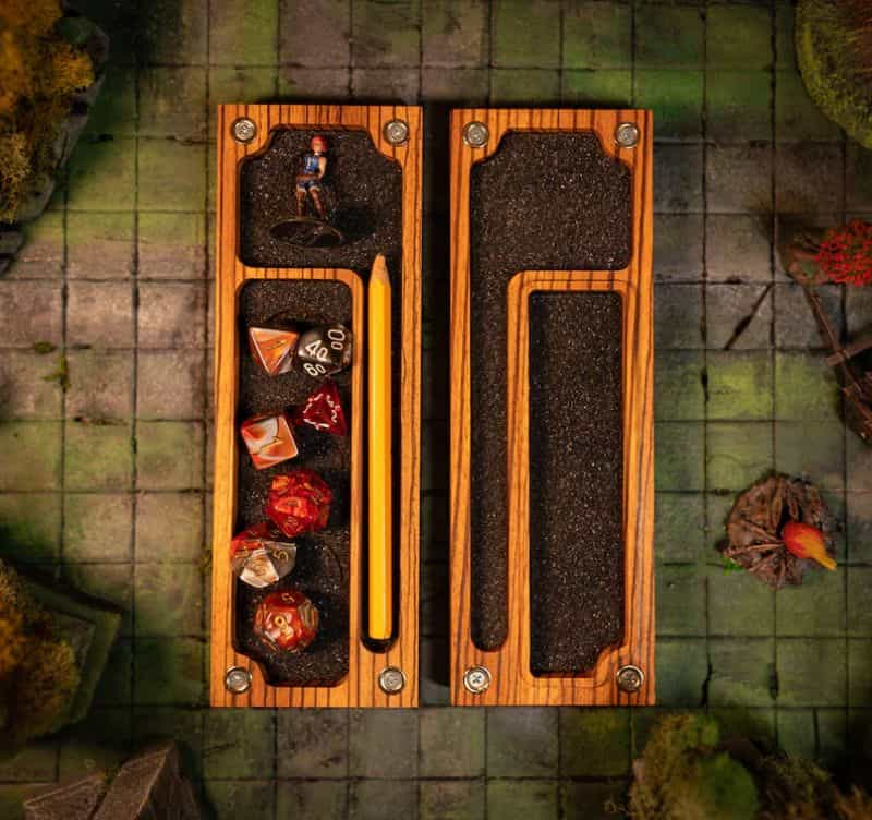 11 Best D&D Miniature Carrying Cases and Storage Options - best carrying cases for rpg miniatures - dnd miniature carry cases - DnD miniature transport case for gamers - wooden vault case