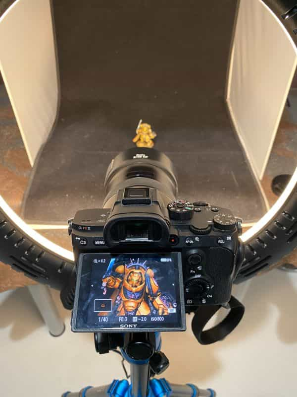 How to Photograph Miniatures with a Black Background (Guide) - how to capture miniature photos with pure black backdrops - infinite black backgrounds in miniature and model photography - guide for pure black background miniature photography - sony a7r3