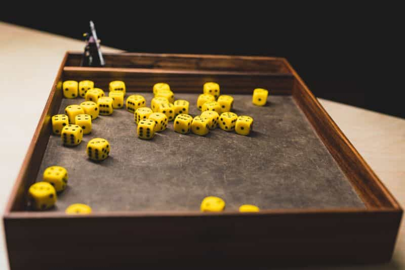 Best Dice Rolling Surface Materials for Quieter Dice Trays (Ideas) - best dice rolling material - dice tray material ideas - dampening materials for dice trays - d6 crowd