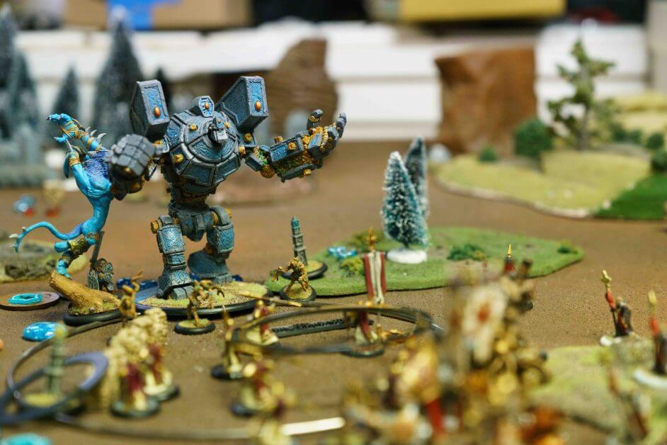 7 Signs Your Miniature Hobby Could Be a Good Business - hobby business - hobbies that make money - make money with commission painting - scale model painting service - fully painted miniature army