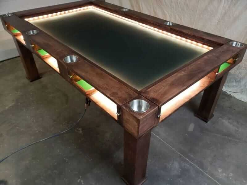 10 Great Wargaming Tables for RPGs and Tabletop Games - best game tables for RPGs - best wargaming table for warhammer - light table