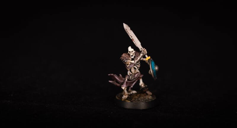 How to Paint Skulls and Bone on Miniatures (3 Easy Steps) - skeleton painting